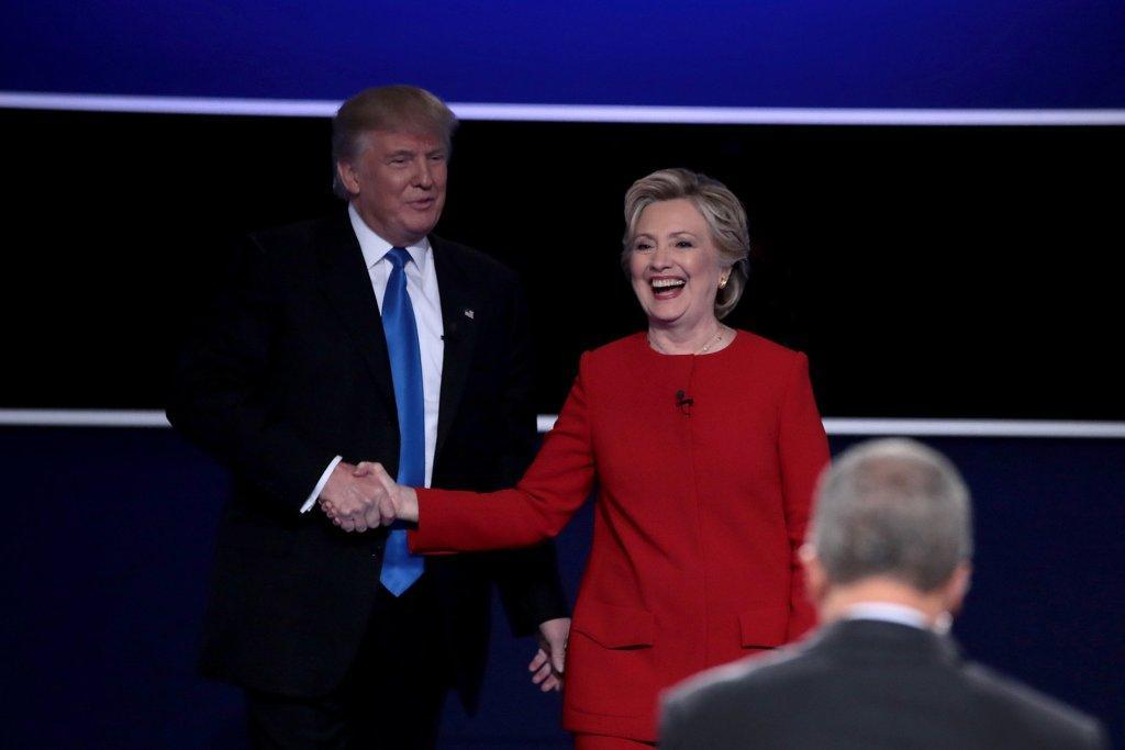 Editorial: Clinton scores on Trump with coherence, demeanor