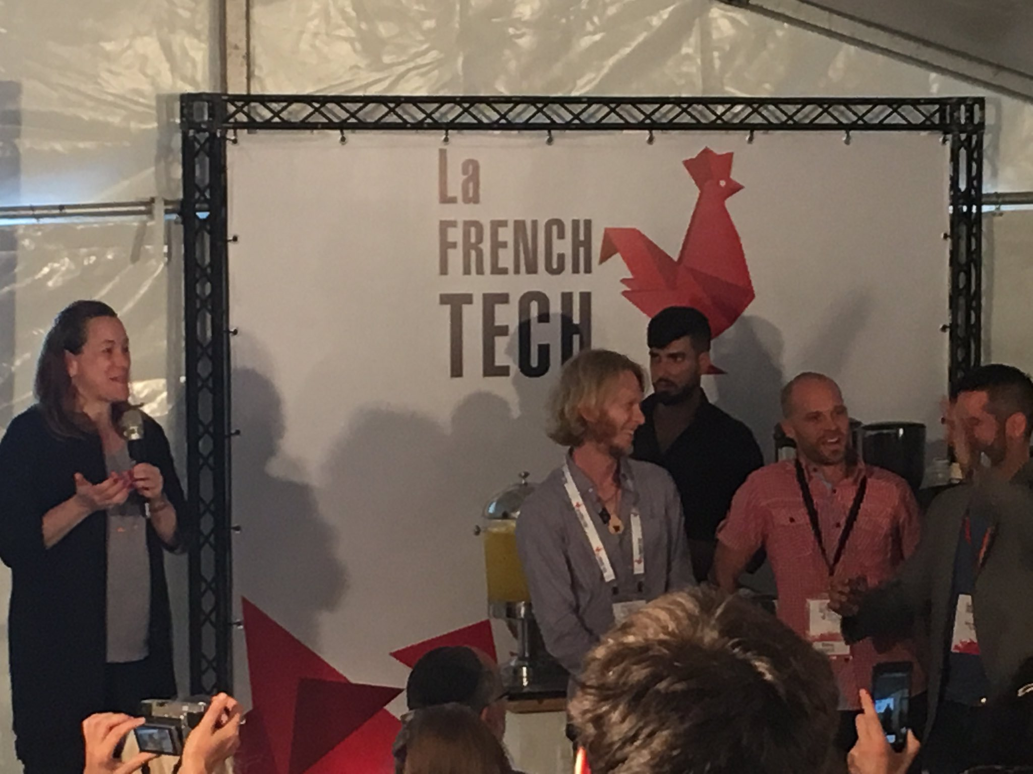 @axellelemaire introduces the #startup Pitch session #hackdld #FrenchTechHouse @DLDConference https://t.co/XVeCClJ3FZ