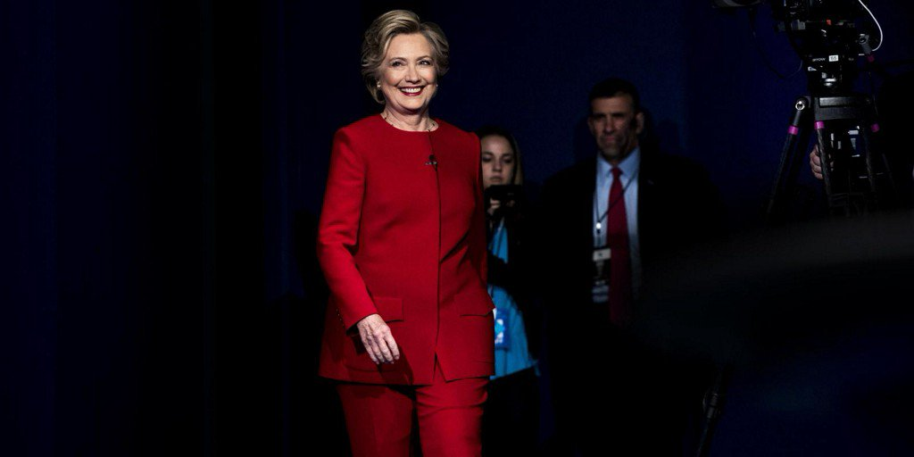 The Best Twitter Reactions to Hillary Clinton's Red Power Suit https://t.co/UX9RluqTr5 https://t.co/FKwt5x42Hh