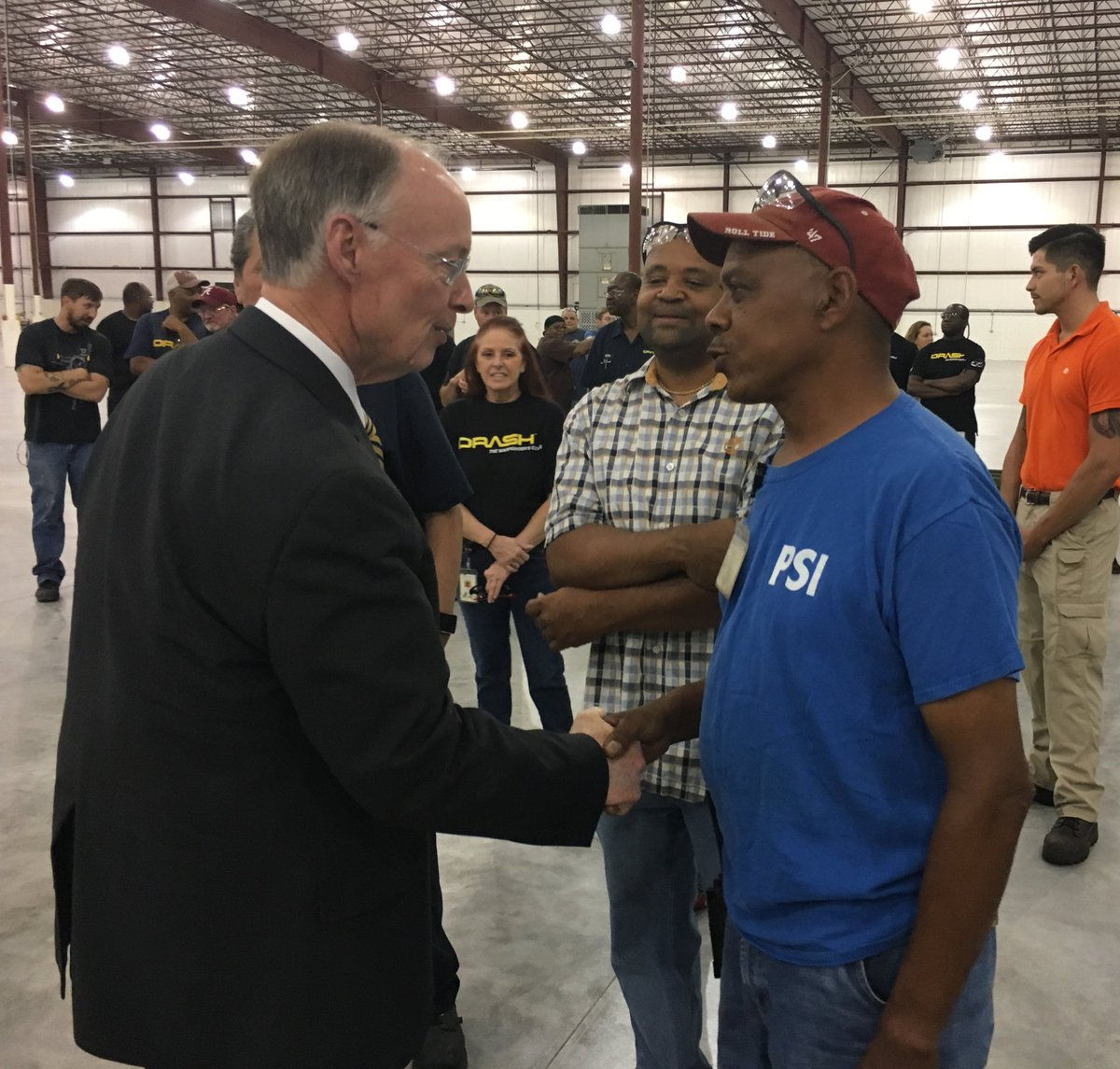 gov robert bentley on twitter jobs more jobs expanding robert bentley on twitter jobs more jobs expanding industry for hdt global always proud to announce good jobs for the hardworking people of our