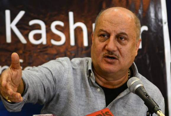 Moral responsibility of Pakistani actors working in India to condemn Uri attack: Anupam Kher