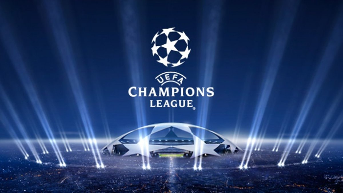 Rojadirecta partite Champions Streaming oggi 23-11: Napoli-Dinamo Kiev Arsenal-Paris SG e Celtic-Barcellona da vedere Diretta TV gratis