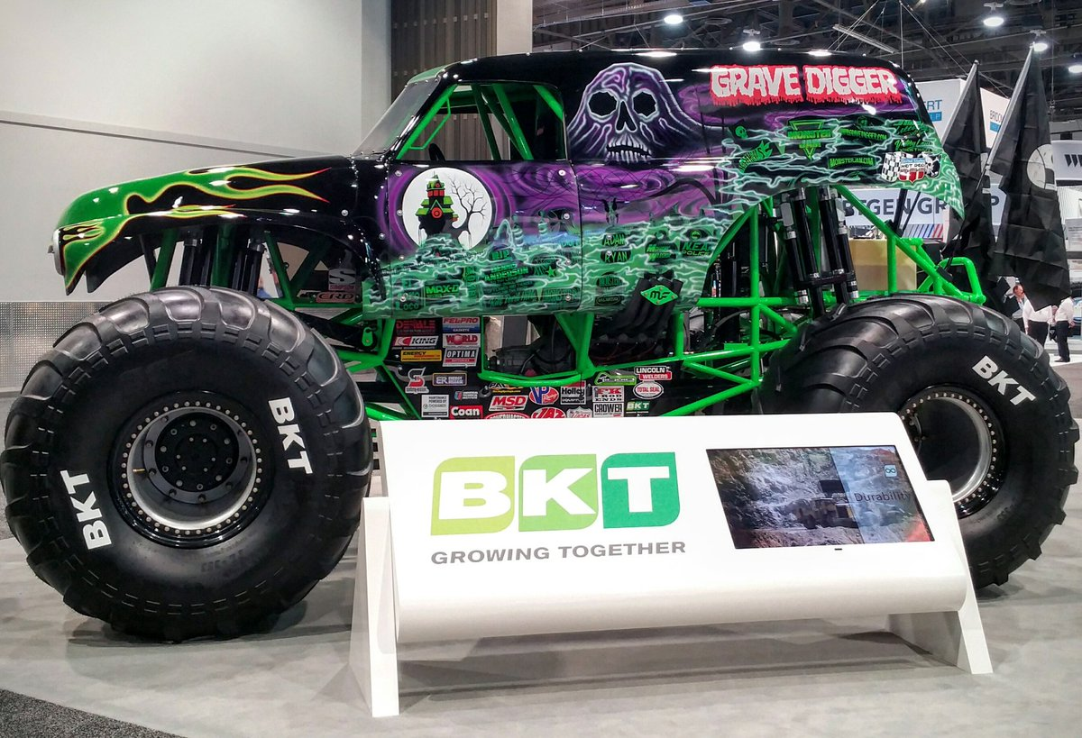 RT @Neal_CIM_Mag: @BKTtires have Grave Digger at their booth! #CIMMag #MINExpo2016 https://t.co/g6GGc1qk1z