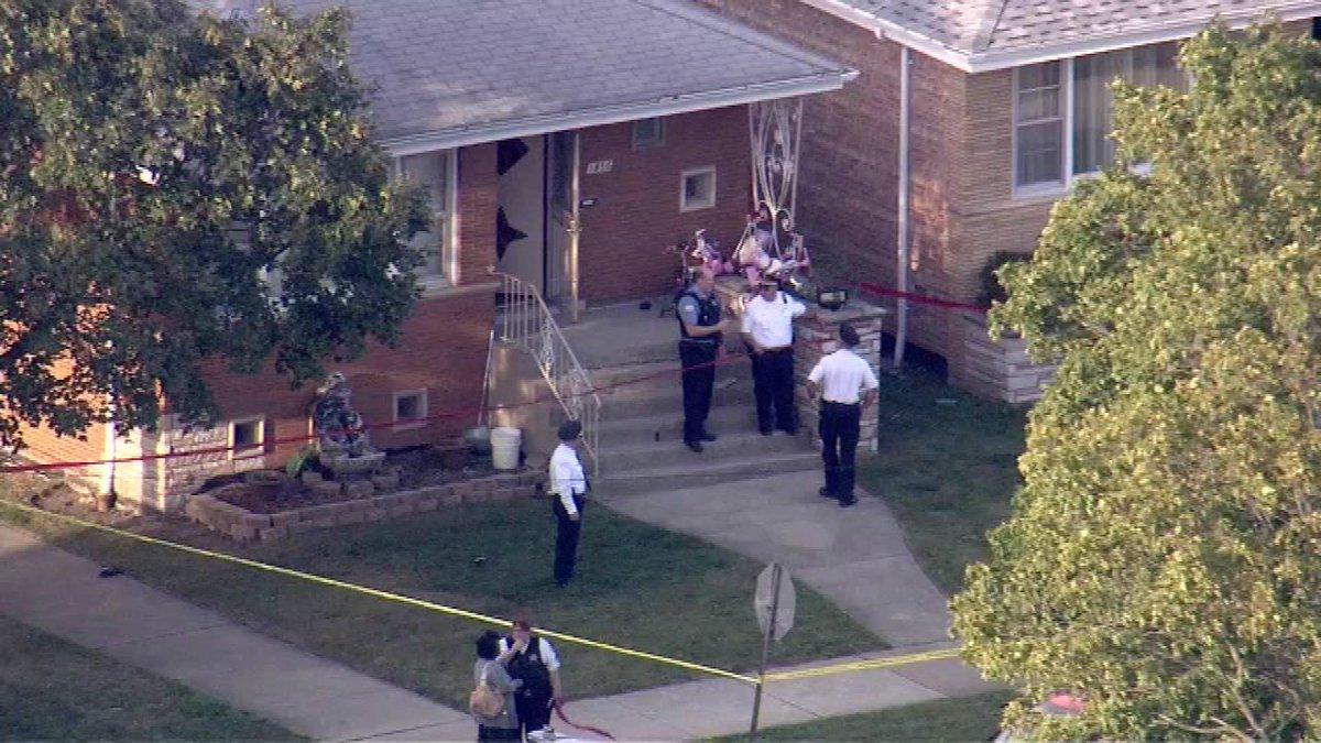 Police: 32-year-old man found shot to death in Ashburn kitchen..
