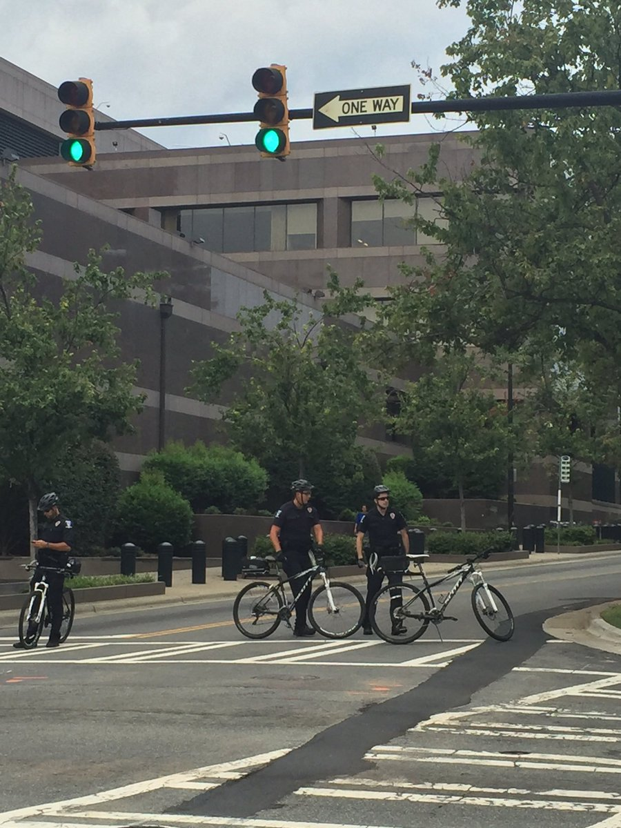 Suspicious package being investigated at CMPD, leads to evacuation. Officers block Davidson St during rush hour