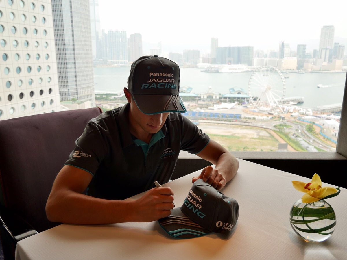 Retweet this for a chance to win one of 5 signed @JaguarRacing hats. #FanBoost #MitchEvans https://t.co/BOmR3AUJtE