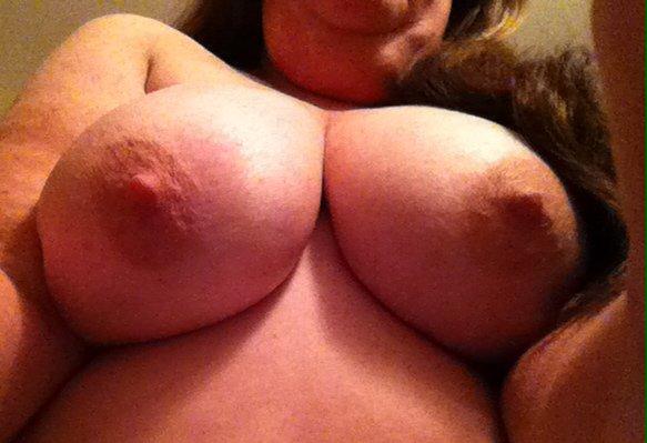 Nude Selfie 8666