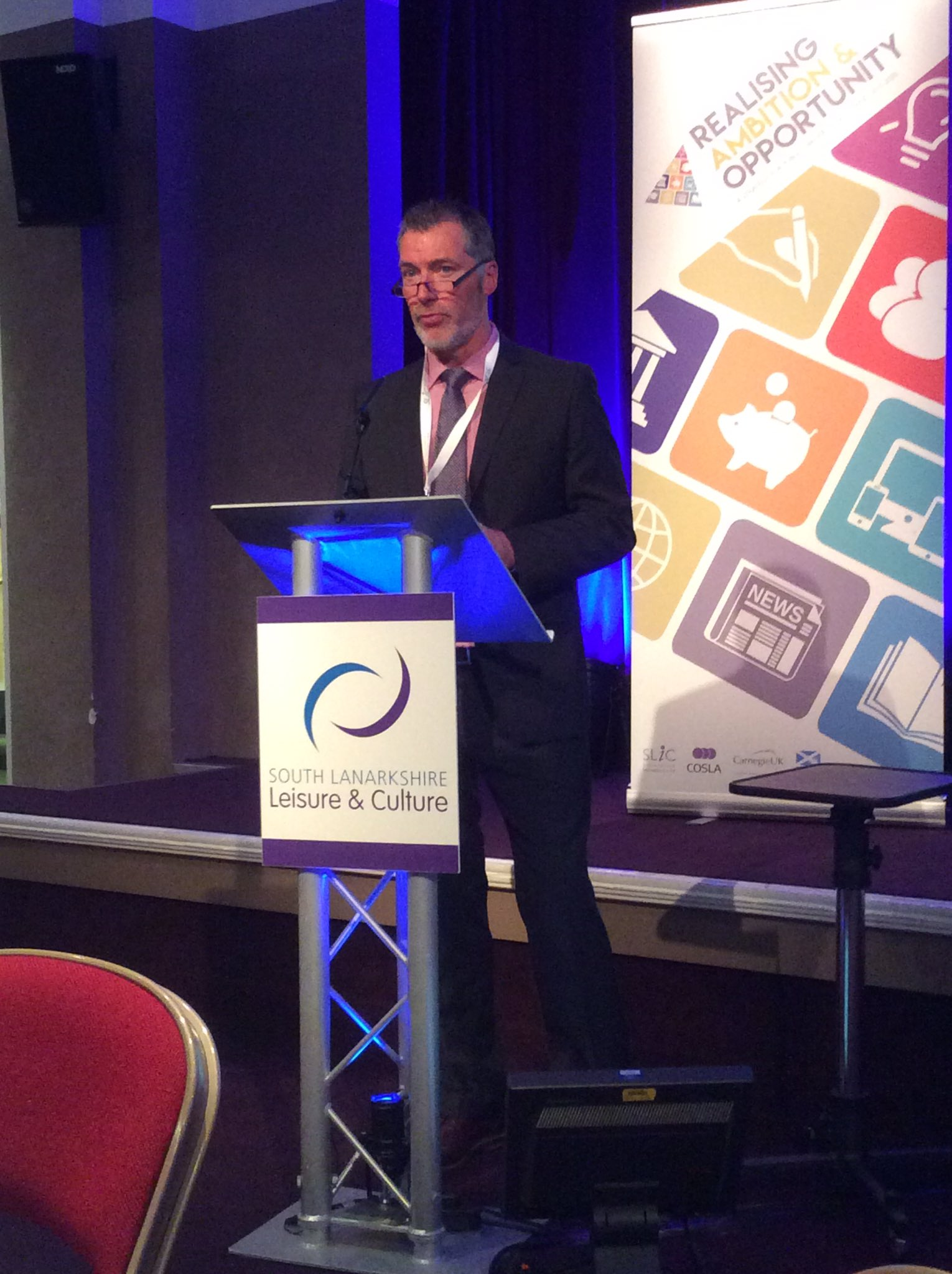 Excellent chairing this morning from Gerry Campbell of South Lanarkshire Leisure #scotlibstrat https://t.co/DVvhweYfVa