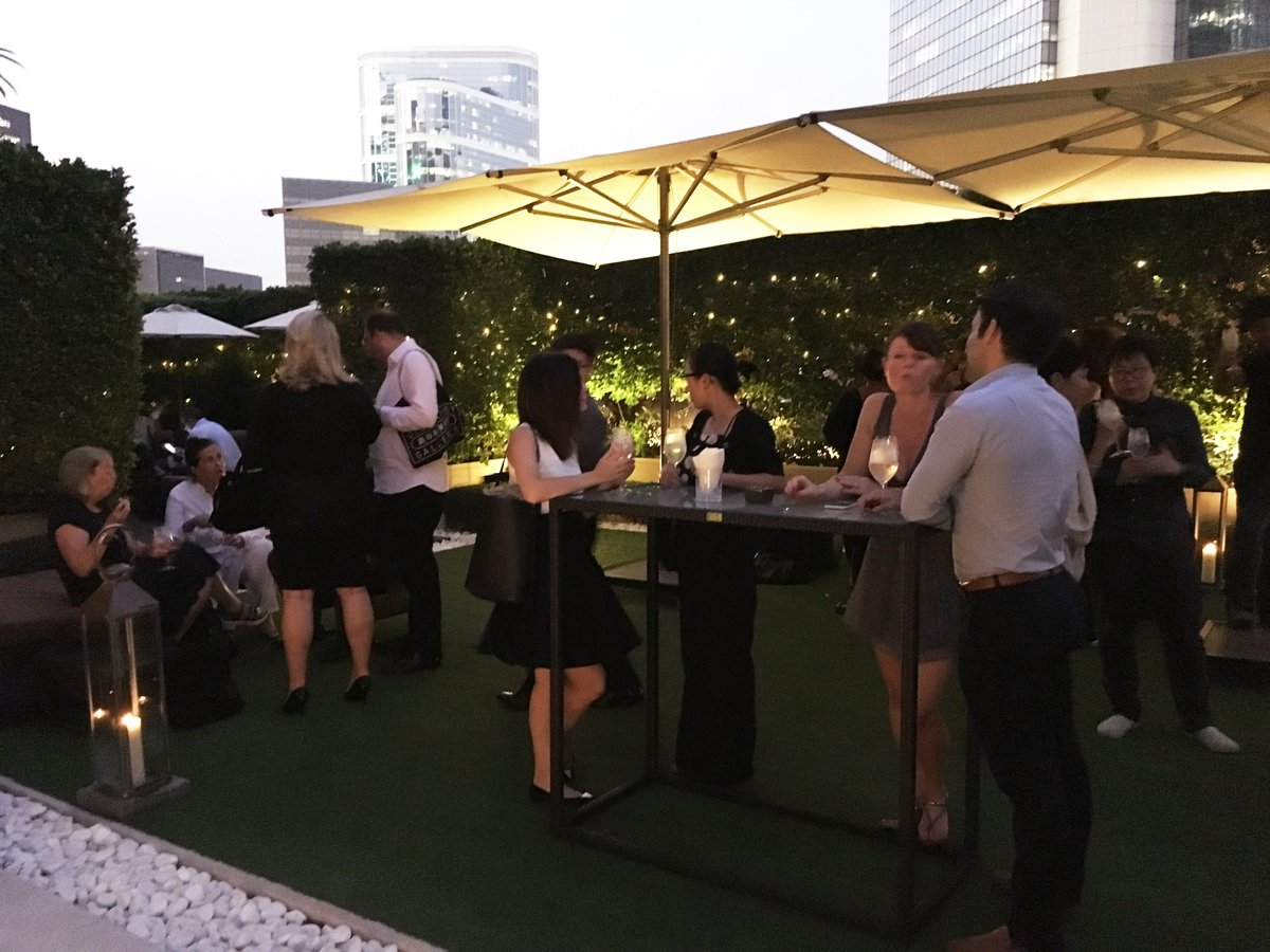 Refreshing @belvederevodka cocktails, delightful canapés & a stimulating movie last night: Stay tuned for our next #CinematicLawn. https://t.co/230zFh2rG8