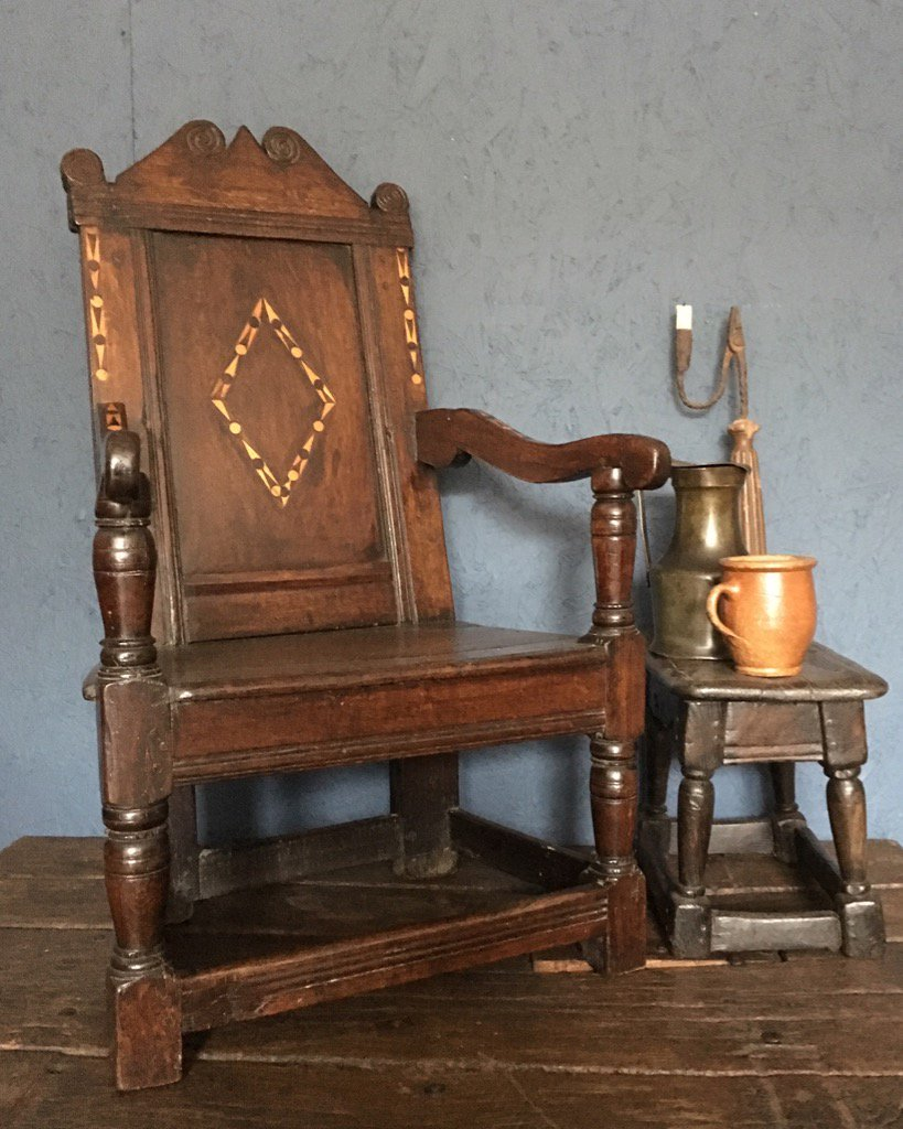 17th Century Oak And Inlaid Wainscot Chair #periodoak #antiquechair  #antiquehadden #wainscot #17thcentury #countrypic.twitter.com/ty0aTKtNsb
