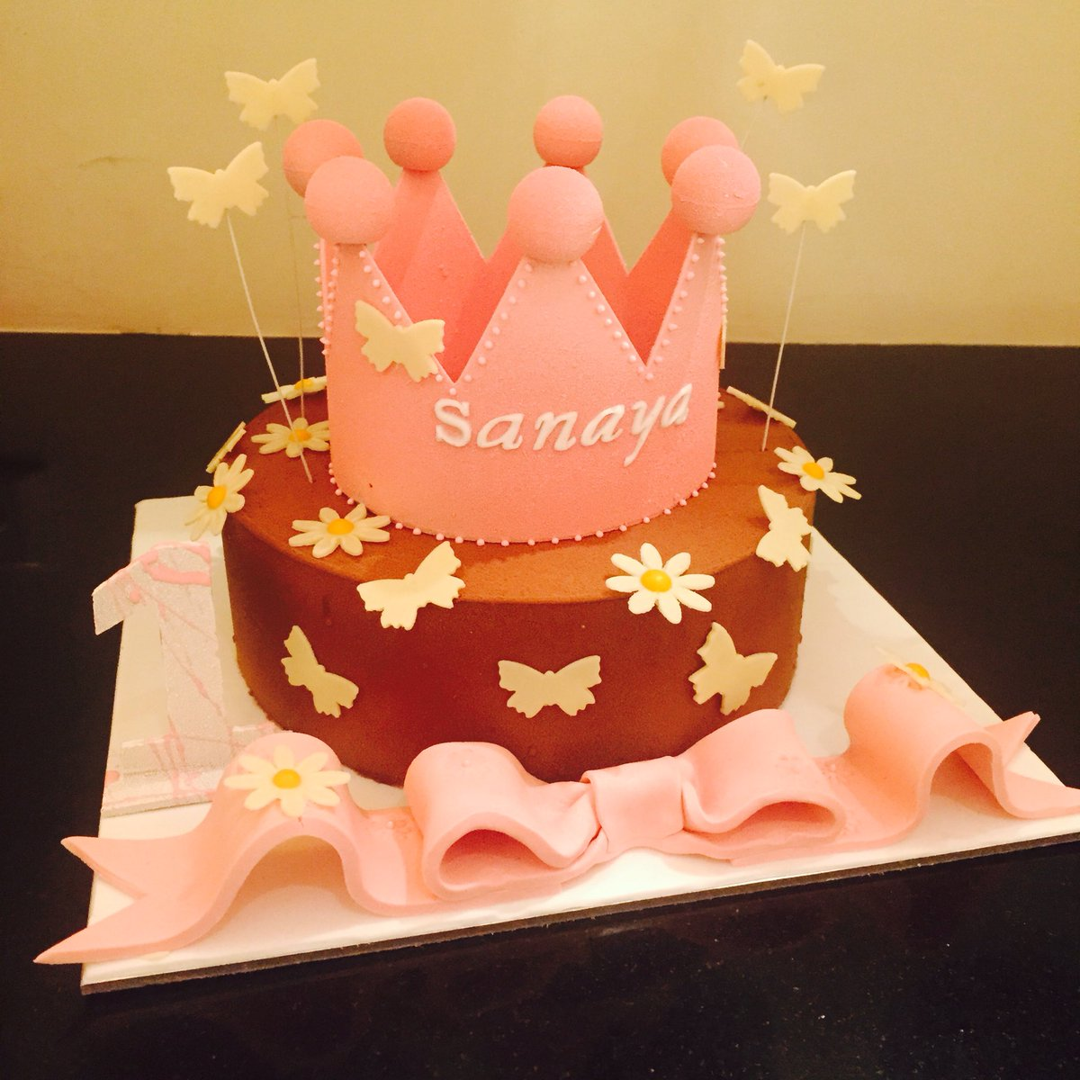 Pratik Deshmukh On Twitter A Lovely Birthday Cake Waiting For Princess Named Sanaya At The Oberoi Patisserie Delicatessen