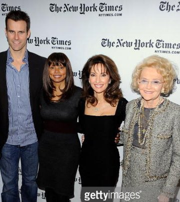 RIP Agnes Nixon. It was such a pleasure to know you and be a part of your Pine Valley family. https://t.co/r7gJD70Slh