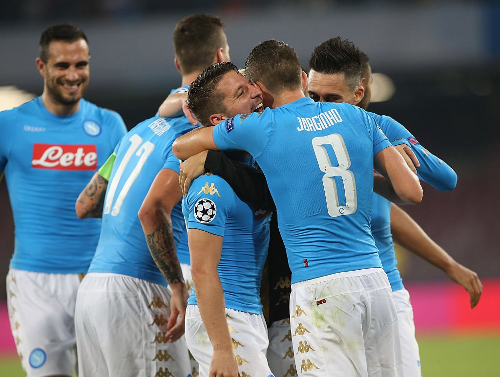 NAPOLI-BENFICA 4-2 Milik Mertens (2) Hamsik: Video Highlights Sintesi.