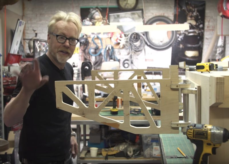 RT @Jalopnik: Watch @donttrythis build this hilariously overkill truck bed chair-holder https://t.co/1dLw0m6eSu https://t.co/vMbtdQQh9n