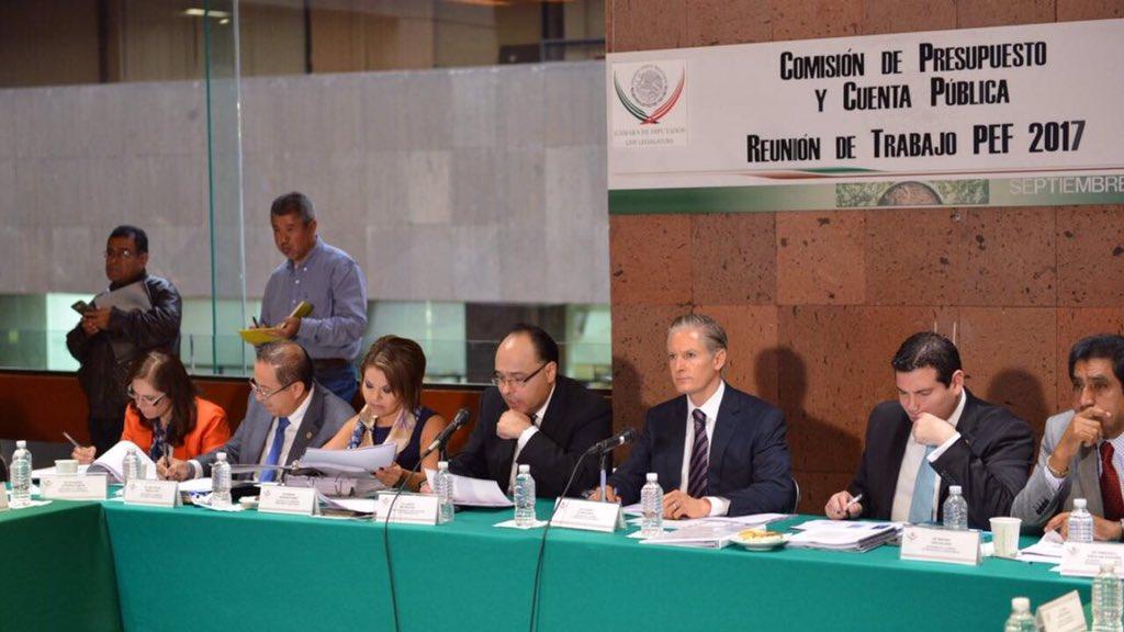 """""""Debemos ser responsables y prudentes con recursos del PEF 2017, ante panorama internacional"""": Del Mazo Maza"""