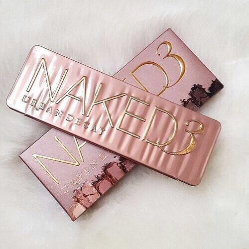 RT TO WIN: Urban Decay Naked 3 Palette  (Must be following so I can dm the winner)