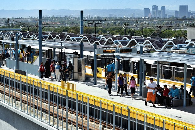 Metro Will Add More Trains To Expo Line To Cut Down On Overcrowding