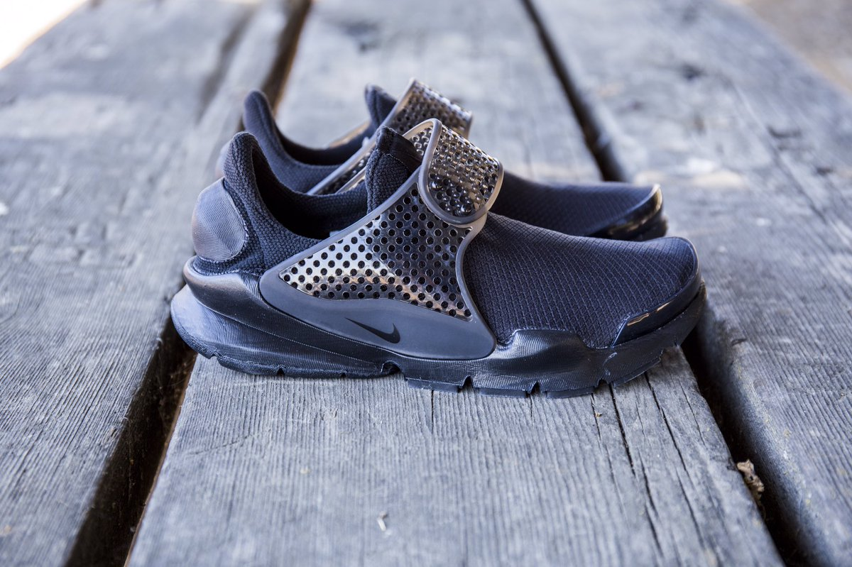 5a37c511f3c95 All black Nike Sock Dart for Women, available now | Scoopnest