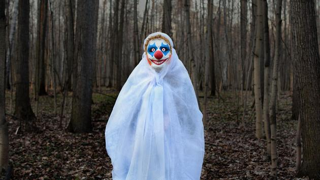 Creepy clowns in the woods under investigation in NJ town