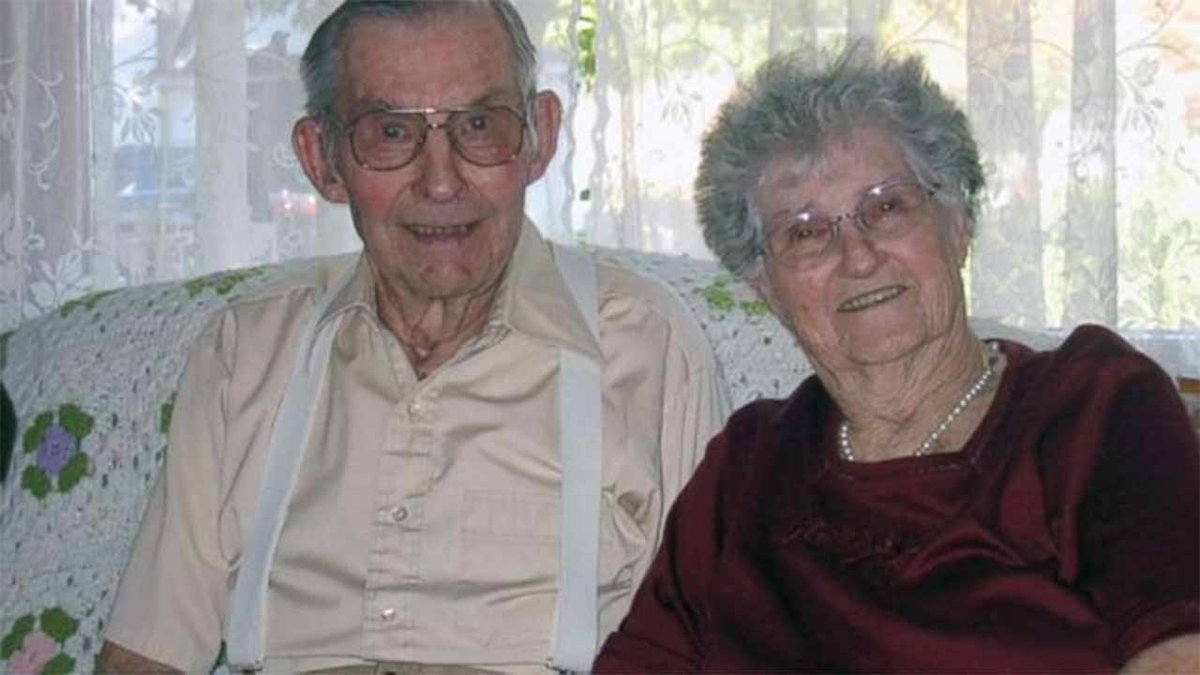 Couple to celebrate 77th wedding anniversary, 100th birthdays together