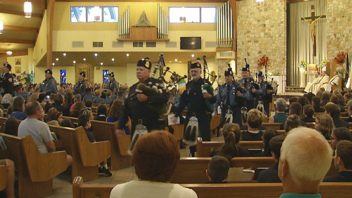 Special diocesan blue mass honors first responders