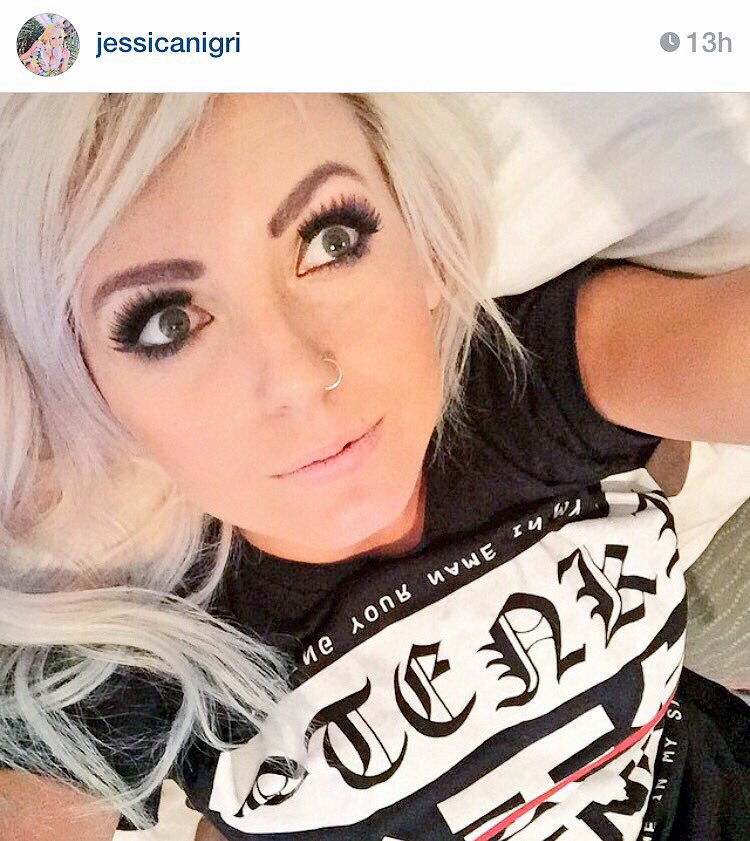 Congratulations to @OJessicaNigri on 1,000,000! You're fucking awesome! Thanks for rocking our shirts! #nigriplease https://t.co/Y6STZp9f03