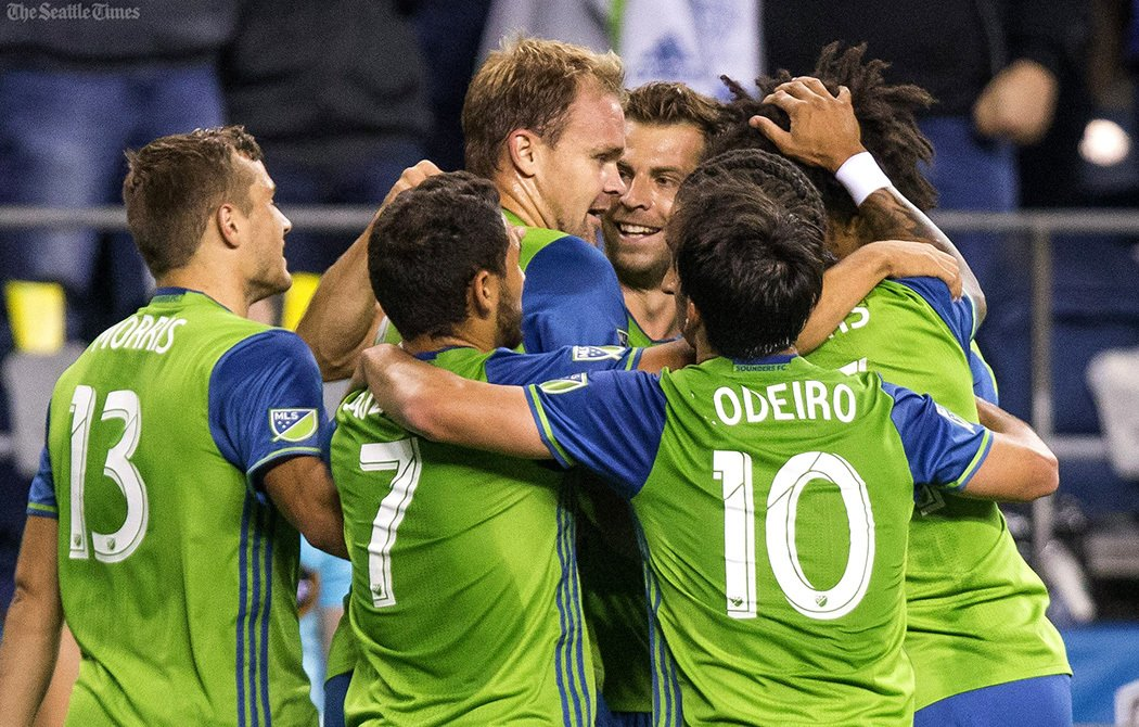 FINAL: Sounders find themselves in playoff position after beating Chicago Fire, 2-1.