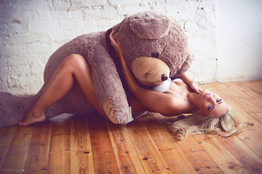 Девушки с сексуальными игрушками, порно пожилых дома
