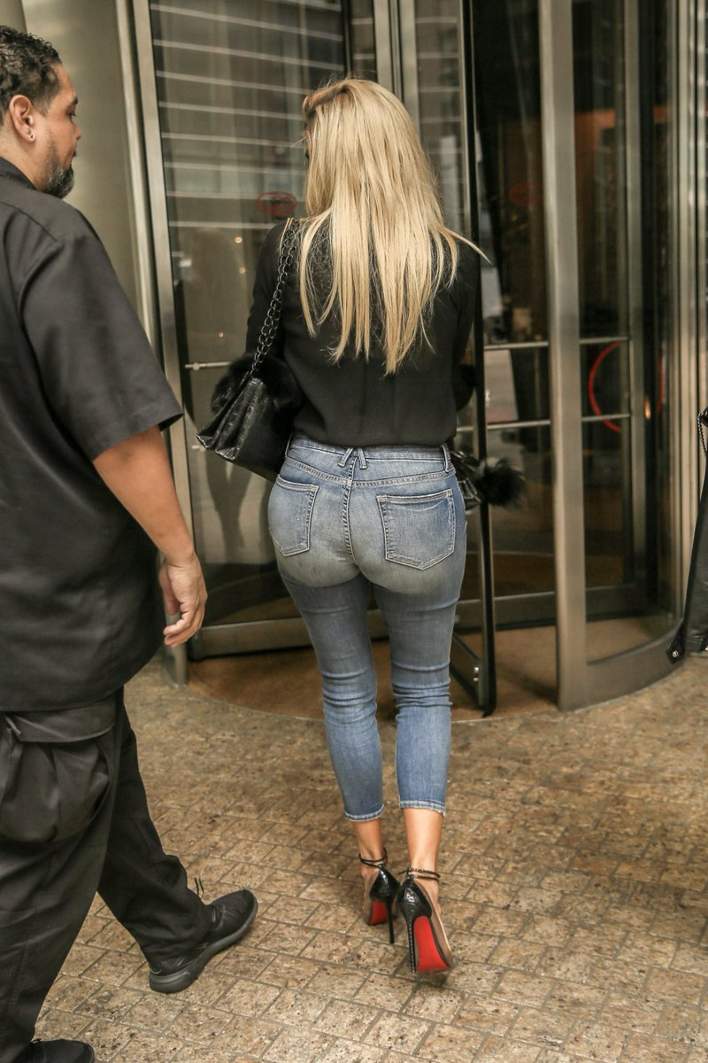 Will not Holly madison in tight jeans