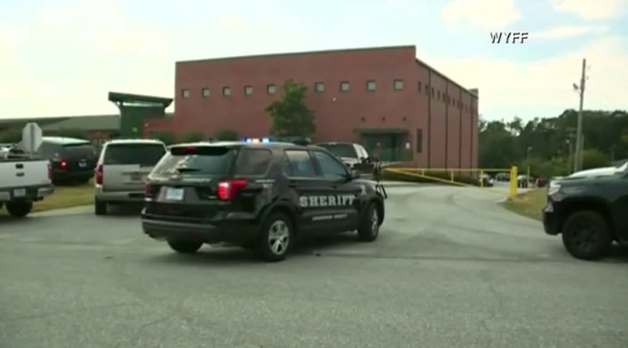 Officials: Firefighter took down shooter at South Carolina school