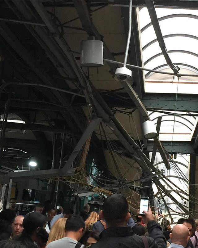 More than 100 injured after train crashes into Hoboken, New Jersey station
