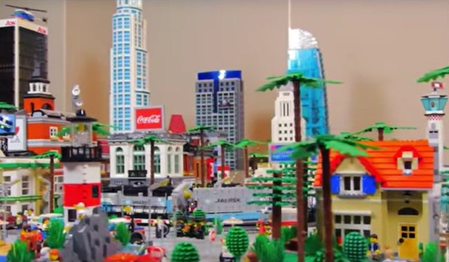 Check Out This Awesome LEGO Replica of Los Angeles