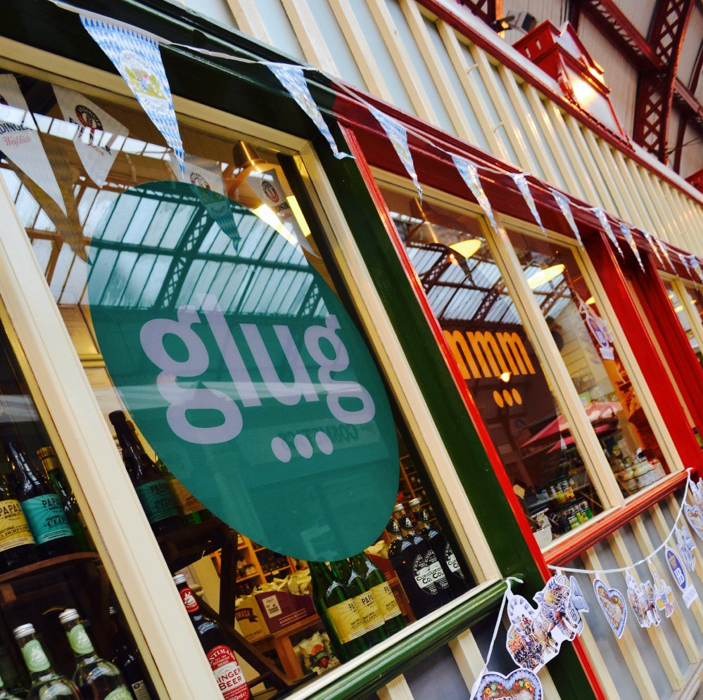 Want to work at mmm... and glug...? We are recruiting! See more here - https://t.co/gcWXi2rlAg https://t.co/EdPTLz8VdC