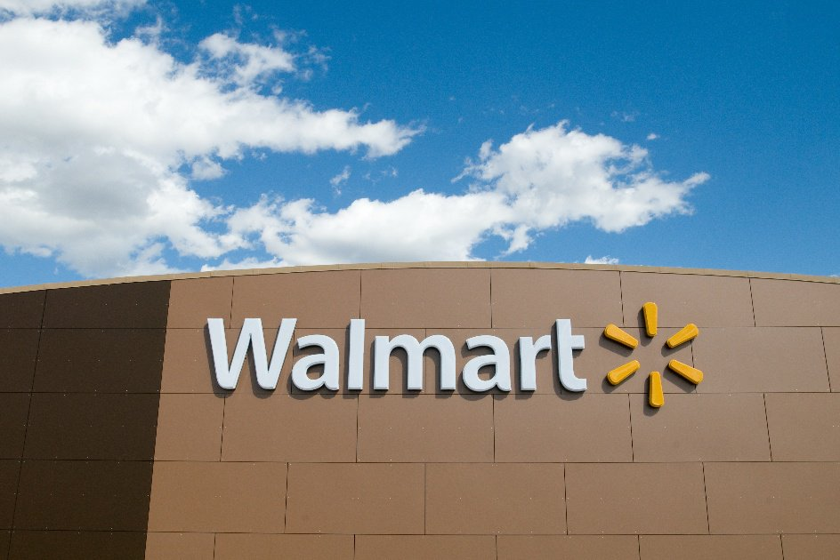 Police nab Wal-Mart employee suspected of setting fires