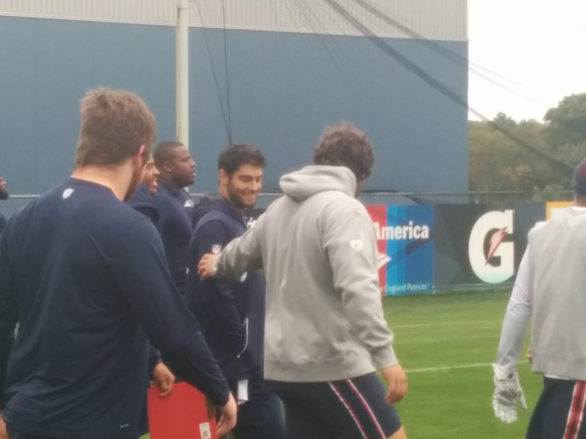 Walk through today for the Pats. Perfect attendance. The fellas checking on Jimmy's arm. WBZ