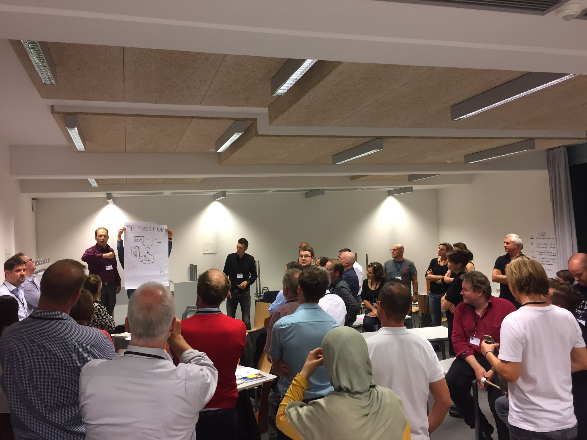 Präsentation der Workshop-Ergebnisse macht Lust auf mehr #pmcampber https://t.co/FvP14M87nH