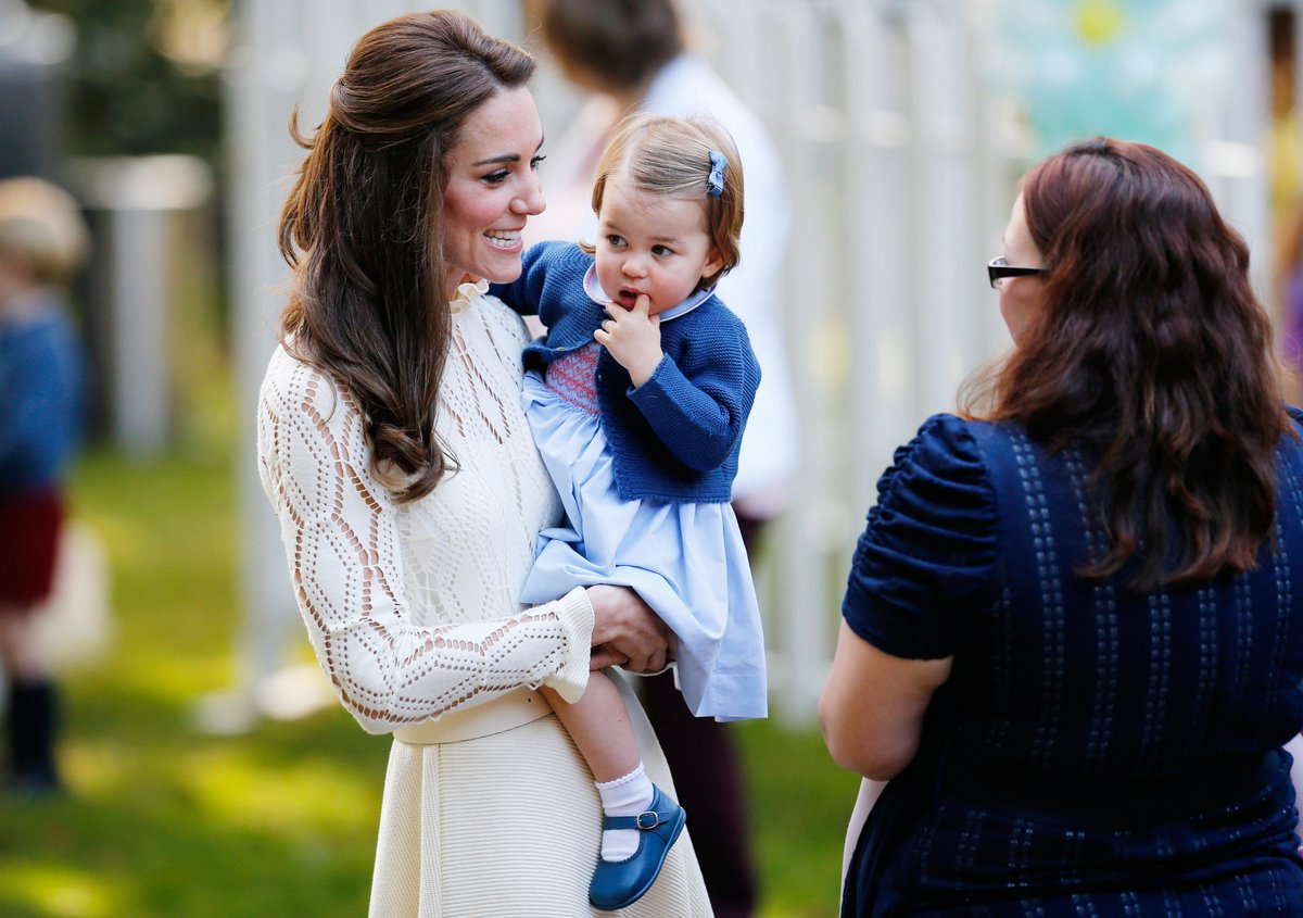 Prince George, Princess Charlotte take part in Victoria children's party