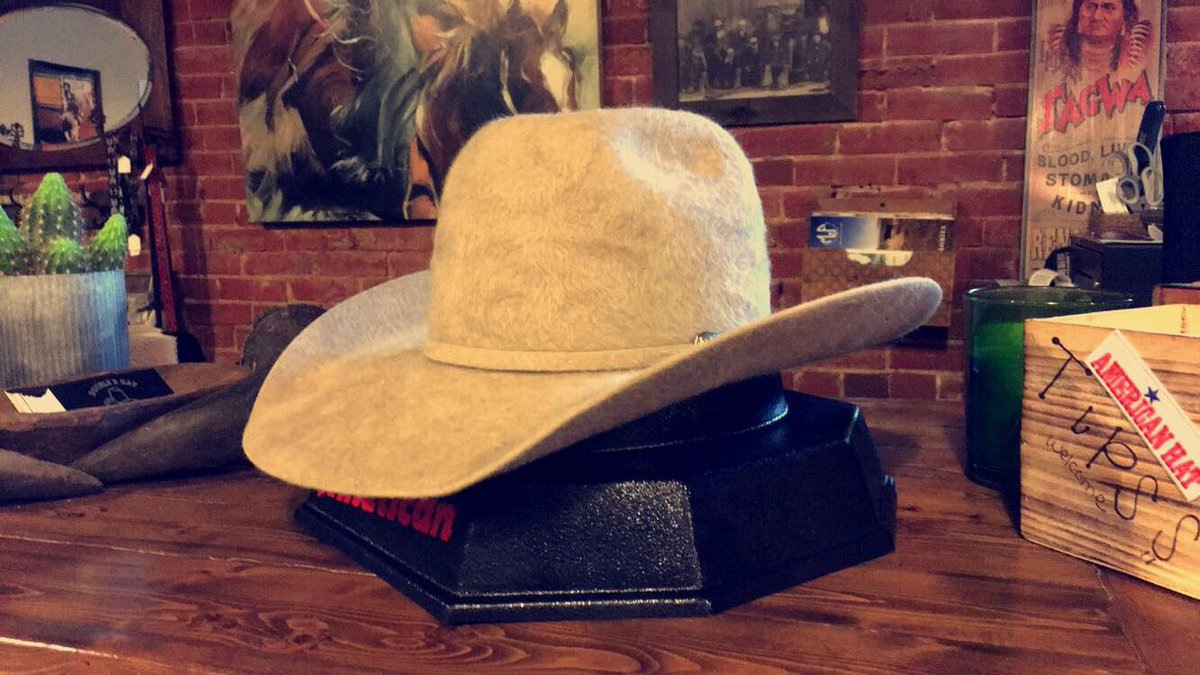 db101abeae3d3 American 20x Belgium Belly Grizzly  AmericanHatCo  DoubleRHatHouse Message  Us Via Facebook Instagram To Order Today!   ItsFluffypic.twitter.com mcKuhKeVJ0