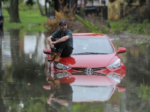 More rain on way to Metro Detroit after streets flood