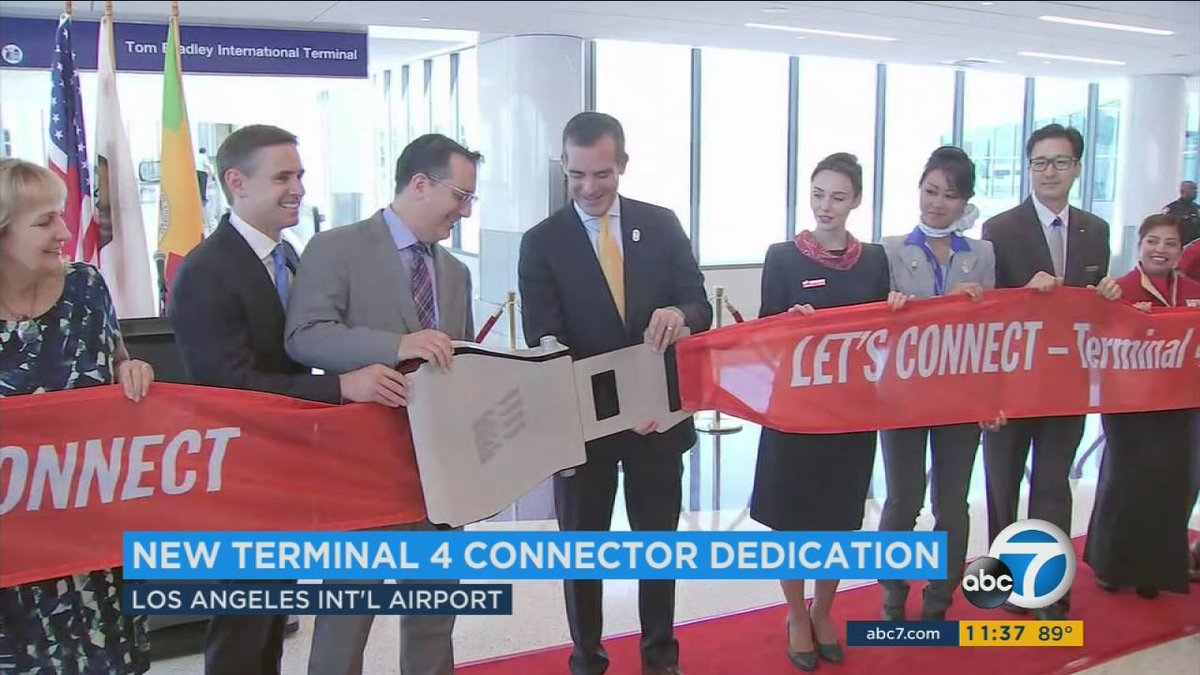 $148.5M connector opens at LAX, providing better access between terminals for travelers