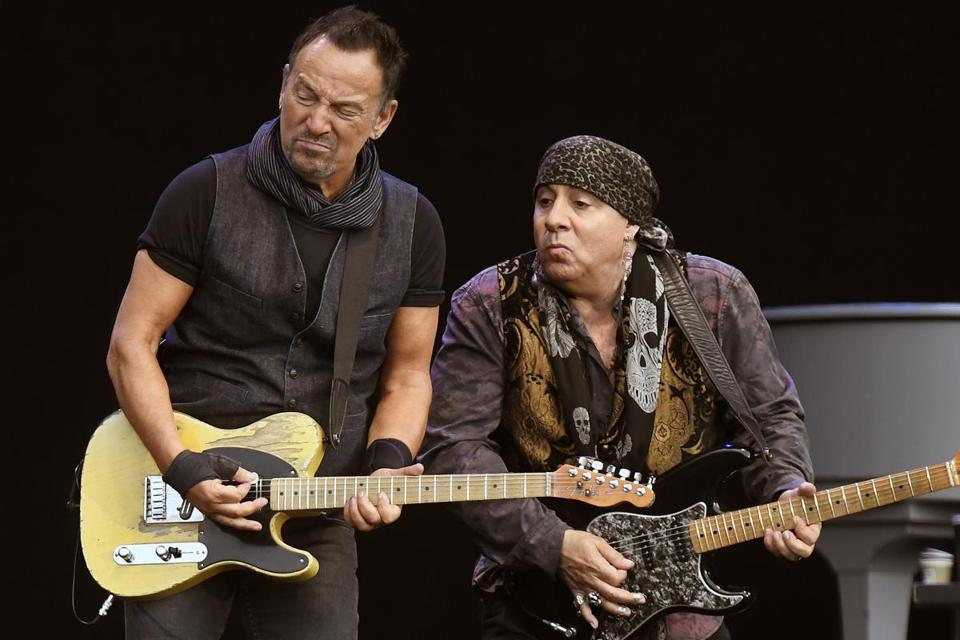 Was Donald Trump was born to run in Bruce Springsteen's America?