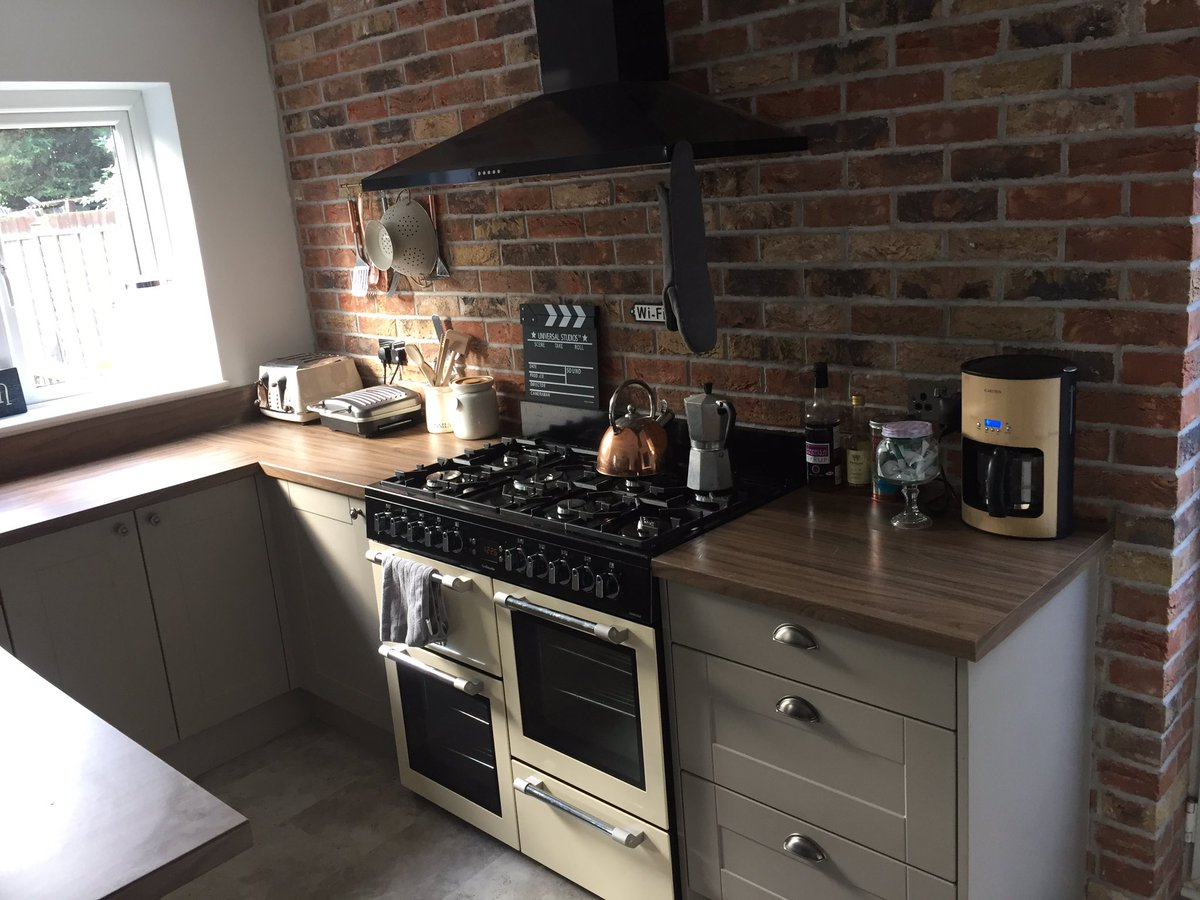 KB Kitchens On Twitter Stone Grey Shaker Kitchen Egger Worktop - Grey kitchens 2016