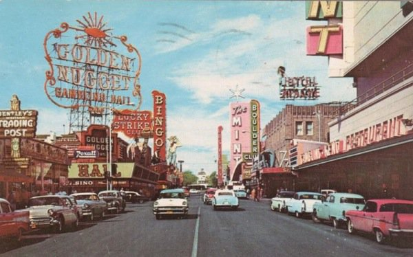 Throw back to the old days of Vegas! #tbt #vegas #dtlv #gnlv https://t.co/8E2m8J81Fz
