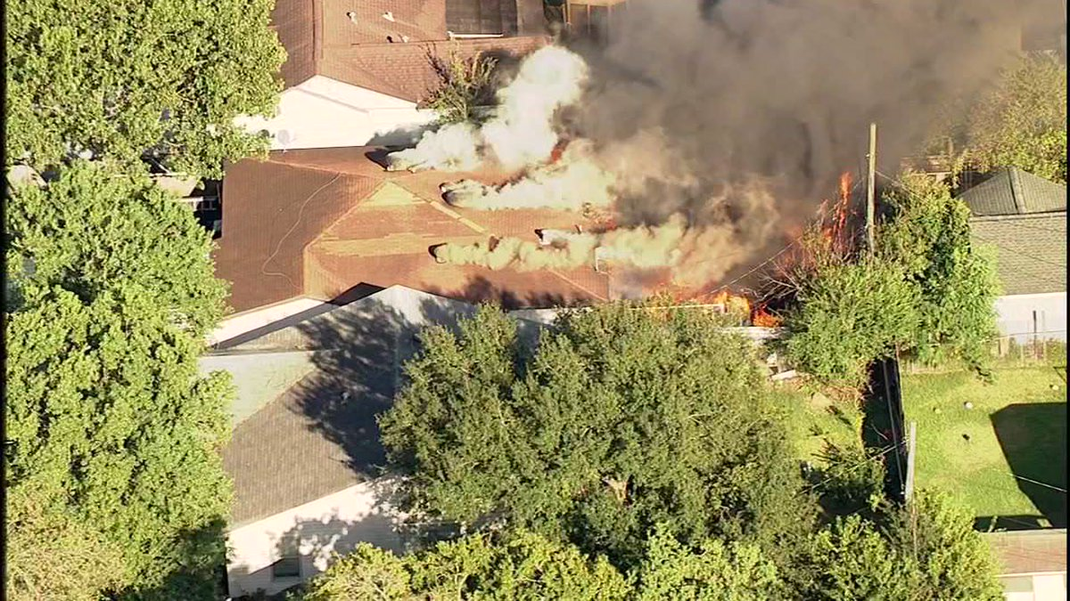 SkyEye over raging house fire on Scarborough Street in Pasadena