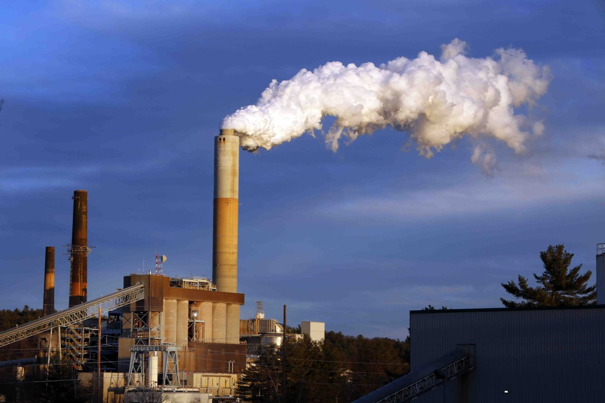 Scientists: World still on track for dangerous warming