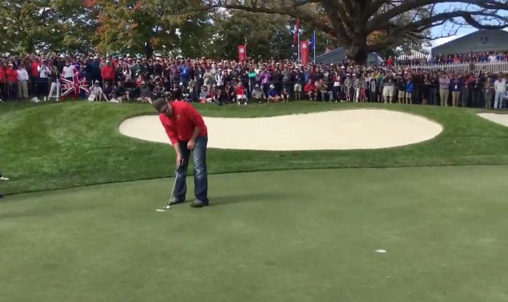 Heckler gets called out to make putt at Ryder Cup, sinks it and wins $100