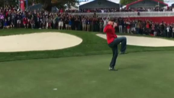 RyderCup2016 heckler wins $100 bet by making putt @McIlroyRory missed