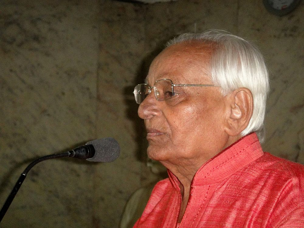 Renown Gujarati poet Chinu Modi passes away