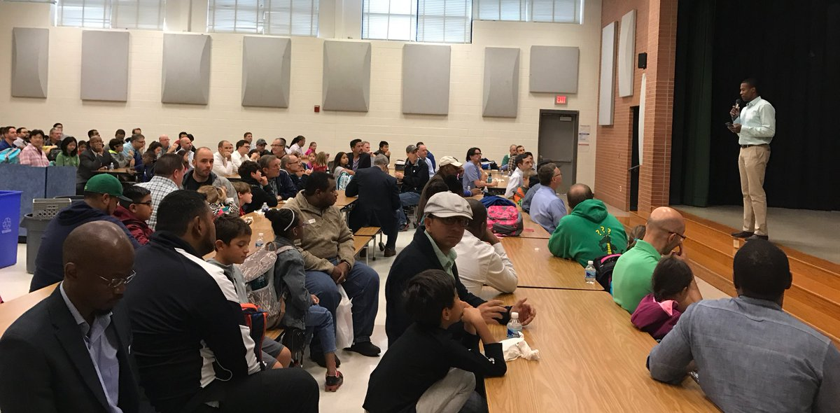 Great Gators Welcome Dads On Take Your Child To School Day! #ibpyp #ibCaring  #mcps #thanksPTApic.twitter.com/tlmWu3xTtb U2013 At College Gardens Elementary  School