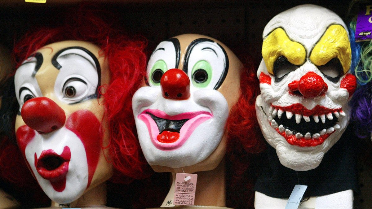 Authorities are investigating creepy clown sightings in New York and New Jersey